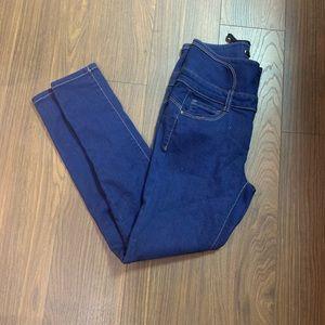 BNWT lace jeans size 9